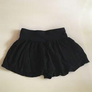 Express pull on shorts . Black size XS.