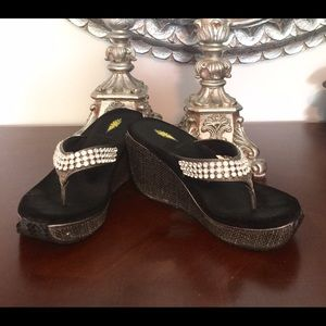 Volatile Shoes - 👠Volatile Crystal slip on's  in Black org. $129👠