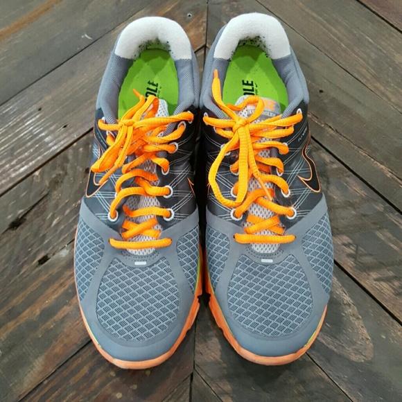2089e9ce26443 Nike lunarglide 2 men s running shoes. Size 9. M 5792614a291a3536d7007b44