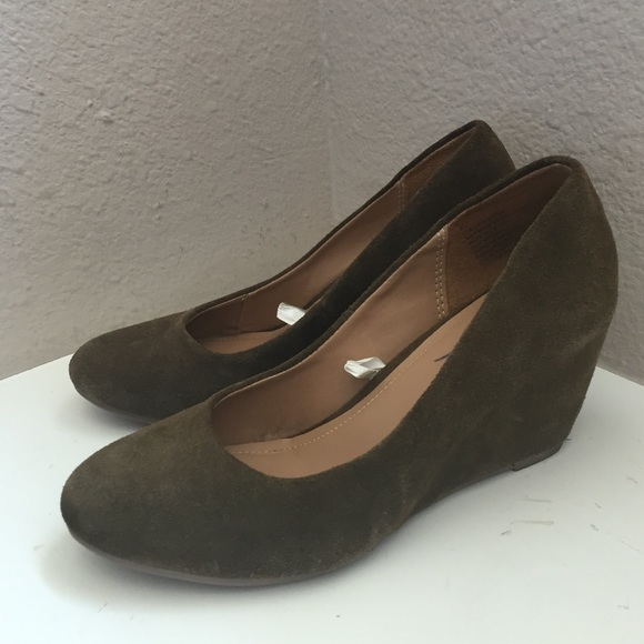 77 merona shoes olive drab wedges from kristin s