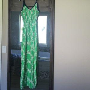 Dresses & Skirts - Print Maxi Dress