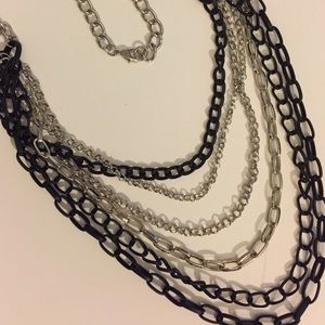 Jewelry - Long chain necklace