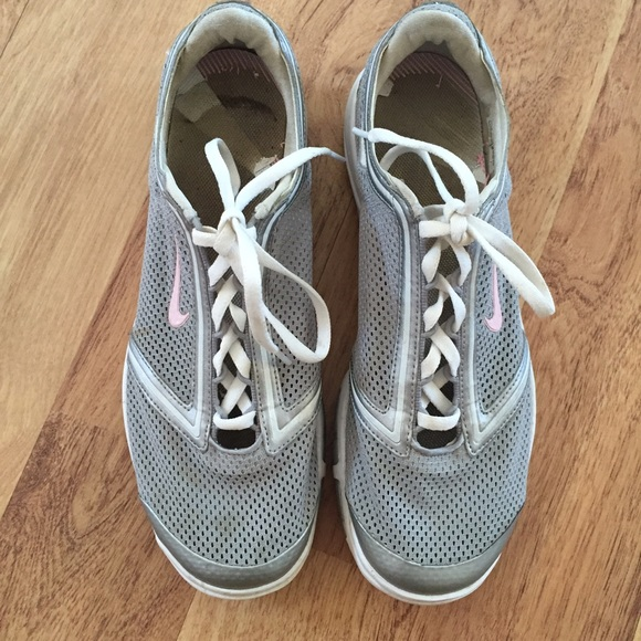 89 nike shoes nike gray and light pink athletic