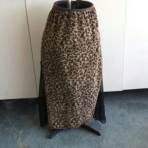 Dresses & Skirts - L animal print skirt