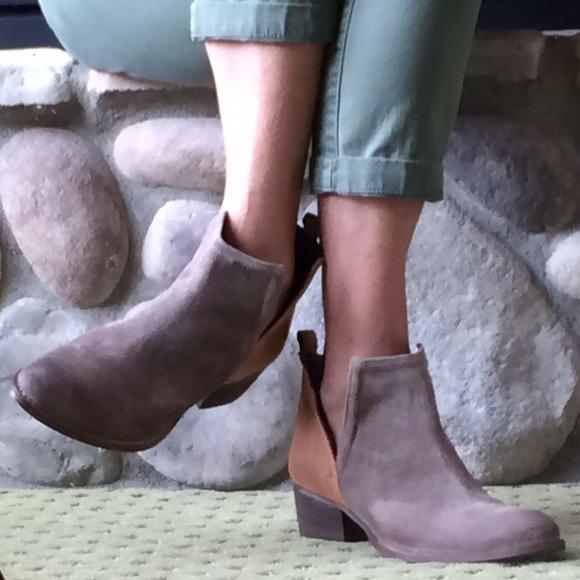 8249c036e9 Diba True Shoes   Nib Suedeleather Two Tone Bootie   Poshmark