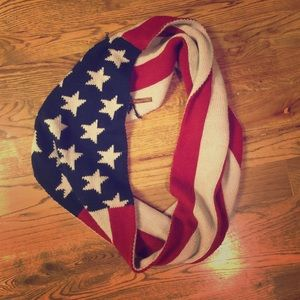 South Moon Under Accessories - USA Flag Infinity Scarf