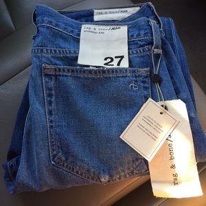 Brand New Rag & Bone boyfriend jeans