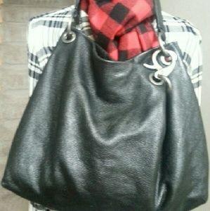 Vera Wang Leather Purse!!