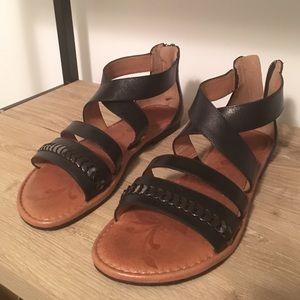 Nurture leather sandal