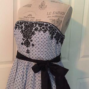 Anthropologie Dresses & Skirts - 🎉Dress Sale🎉Anthropologie NWOT Embroidered Dress