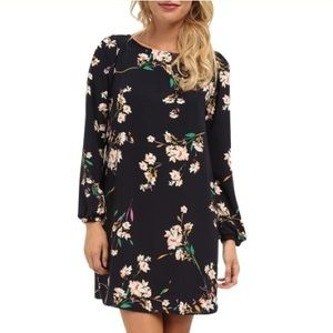 Gabriella Rocha Dresses & Skirts - Gabriella Rocha Floral Blouson Sleeve Dress