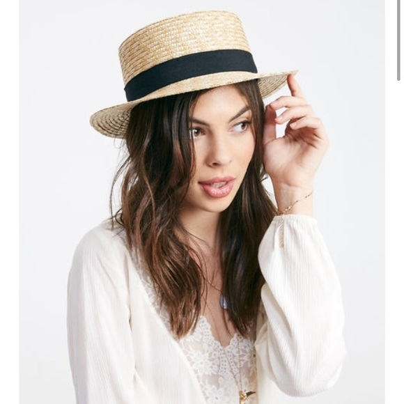 795ccba2f47f6 NWT straw boater hat with ribbon
