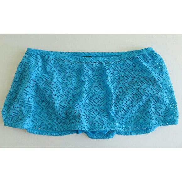 2dd9bbbf8d639 NWT Catalina Crochet Swim skirt bottom plus size