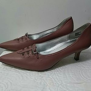 Highlights Ladies Shoes Size 7