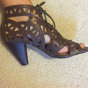 FLASH SALE 10% OFF Lace up heels