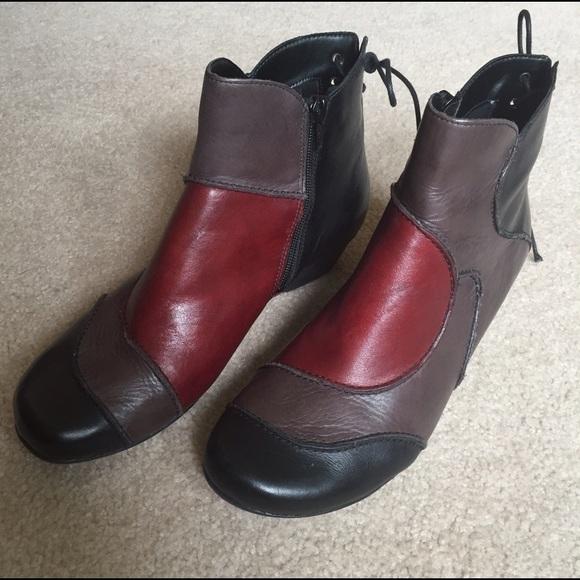 chaussures de sport 3dff5 a4a9a NWOT Remonte Dorndorf ankle boots, multicolor