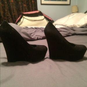Shoes - Brash tall black wedges