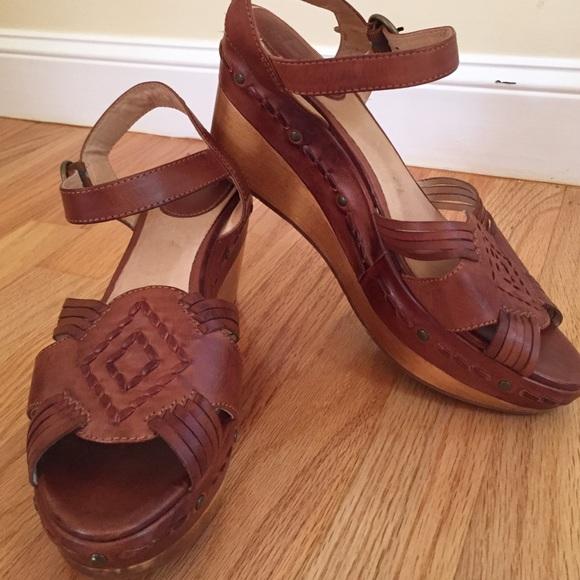 4c2967f87bac Frye Shoes - FRYE Carlie Huarache Ankle Platform Wedge --Cognac