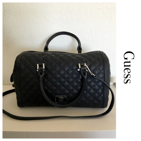 Black Quilted Guess Purse ed9d1bfd0a22e