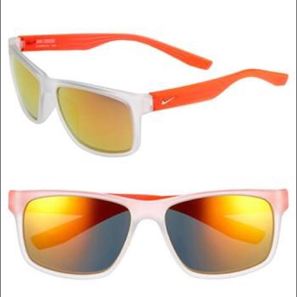 the latest 724e3 3c0c6 Nike Cruiser Sunglasses