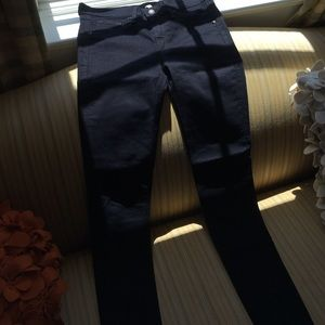 Rag & Bone size 27 legging jeans in dark blue