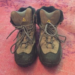 Vasque Shoes - Hiking boots sz 9.5