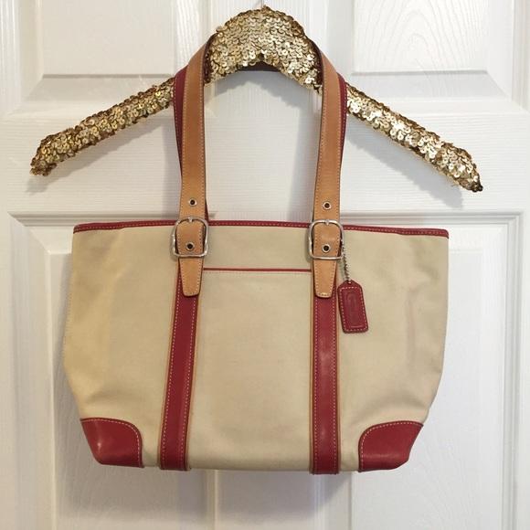 Coach Handbags - Coach canvas purse 8f6fbc2aaa994