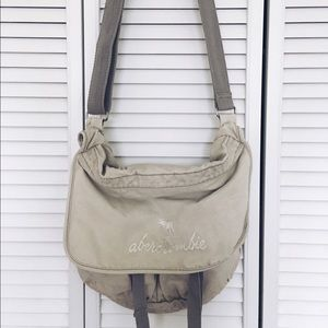 Abercrombie & Fitch Handbags - Abercrombie school bag / satchel