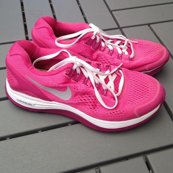 Original Nike WomenS Shox Experience  WhiteSilverPink 65 NIB NIKE SHOX TURBO 8 GS WHITE Running MEN 6 WOMEN 75 NIKE Wmns Shox TG $105 Running Shoes Sz 95 NEW!!! Womens Nike Shox Deliver Running Shoes Size 7 $120