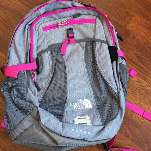 c9139bd36 The North Face Recon Backpack Gray/Pink