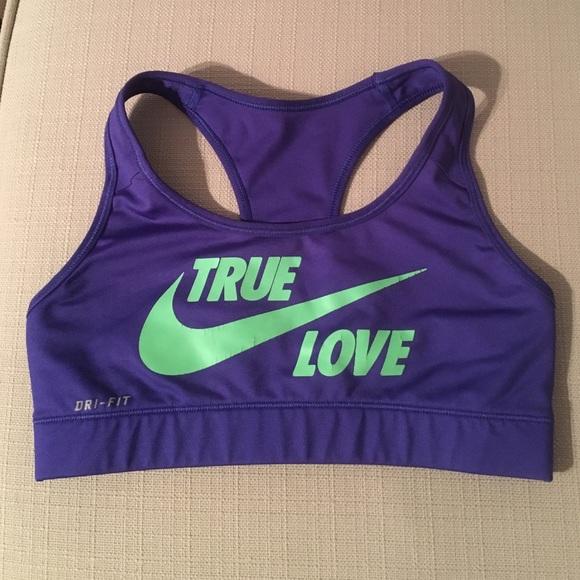 f86d8ab244539 Nike True Love Sports Bra. M 57941c094e95a345a80136d9