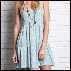 Boutique Dresses & Skirts - TINY FLORAL PRINT BOHO PEASANT DRESS 💕