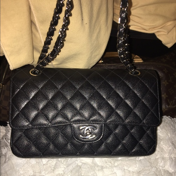 10b4937f8f15 CHANEL Bags | Sold On Tradesy Medium Caviar Leather | Poshmark