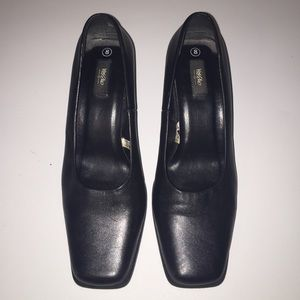 Shoes - Mossimo Black Leather Pumps 2.5 inch dress heels