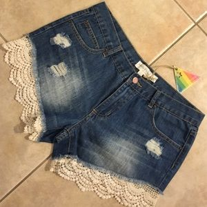 Listicle mistacle prysm lace denim shorts NWT!