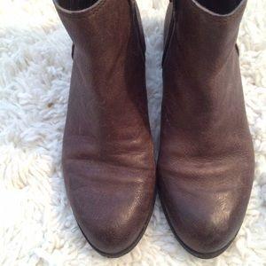 23c4c5321 Sam Edelman Shoes - 🌵SALE🌵Sam Edelman James Round Toe Bootie