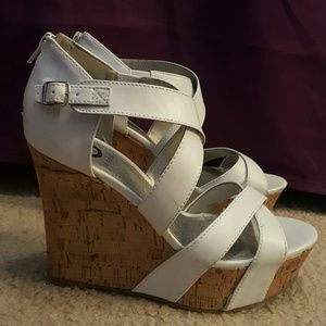 GUESS Shoes - Amazing GUESS white wedges