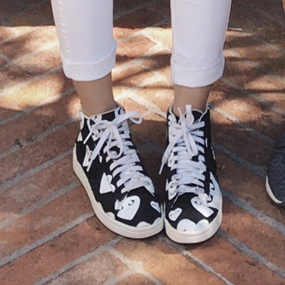 404ed1cf56e0 Comme des Garcons Shoes - CDG High Top