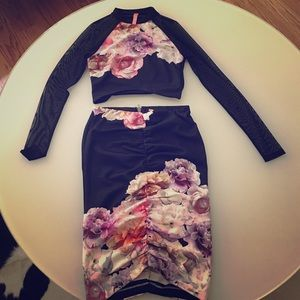 Sheer Sleeve Floral Crop Top (6) and Bottom (8)