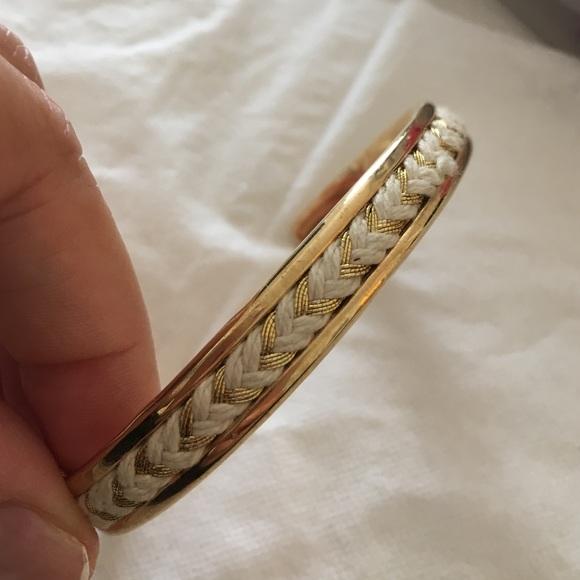 3c6279edaa6f3 Massimo Dutti golden bracelet