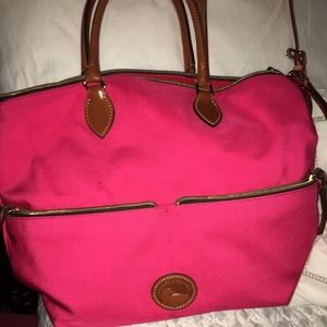 Dooney & Bourke Handbags - Dooney & Burke Pink Purse