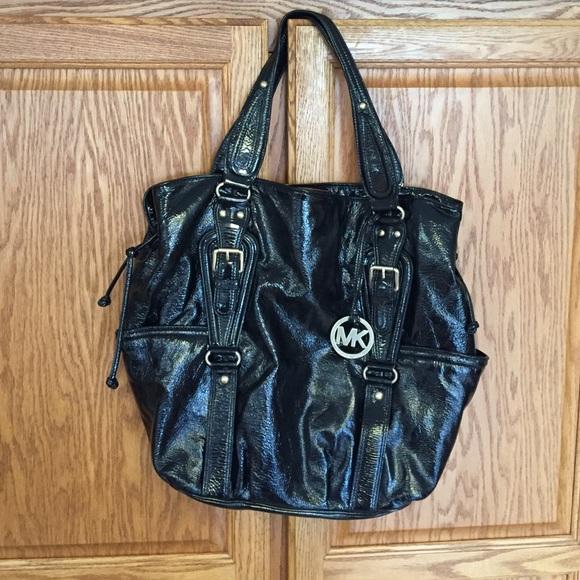 Michael Kors Lattington Black Patent Leather Tote.  M 57953e2a4e8d17d79301026c a49bf3fd1f122