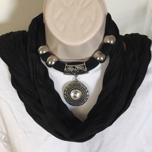 Accessories - NWOT Jeweled Scarf