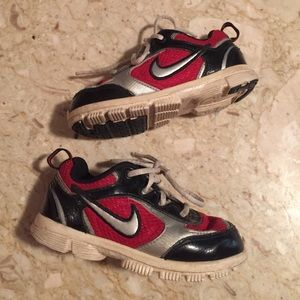 Nike Other - 🐞Boys Nike Black Patent Leather & Red Shoes. 8C