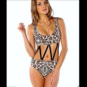 Urban Outfitters Beach Riot Leopard One Piece M