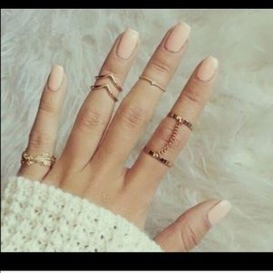 Jewelry - Gold plated midi ring set