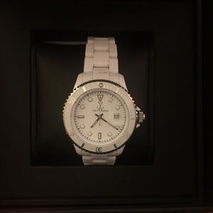 Reduced🎉 ToyWatch White Ladies Watch!