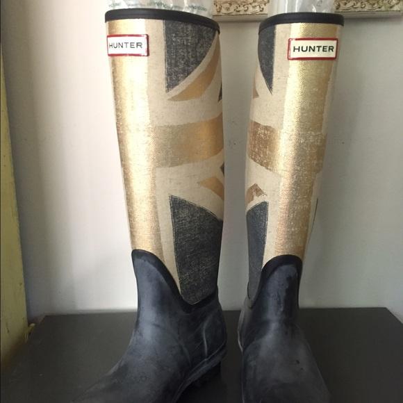71a18ee2b3 Hunter Shoes - Original Hunter Boots. Rare design. Size 6