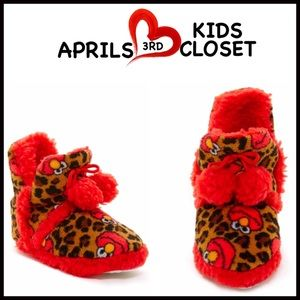 Sesame Street Other - ❗️1-HOUR SALE❗️Elmo Slippers By SESAME ST.