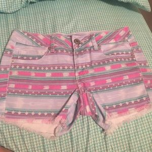 Colorful American eagle shorts!